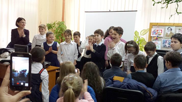 """""""Teodoreanu și copiii – Casa bunicilor se mută la bibliotecă"""" - momente artistice"""
