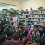 """""""Casa bunicilor se mută la bibliotecă"""" – scenete"""